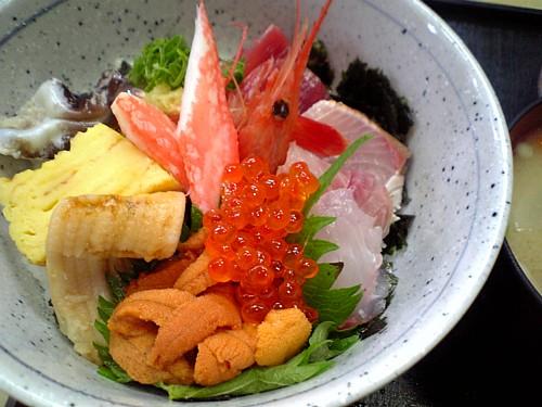 むすび屋おまかせ海鮮丼-00023.jpg