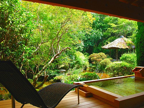 072-広々露天風呂付き特別室.jpg