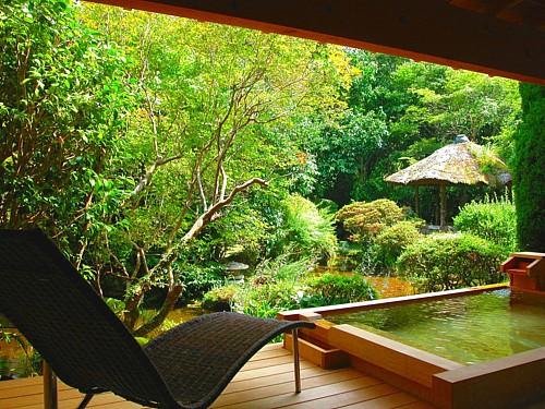 072-広々露天風呂付き特別室